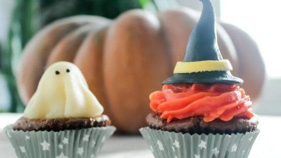 Préparez un goûter terrifiant et sans gluten pour Halloween - Banner Une