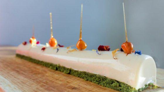 Recette de fêtes sans gluten et sans lactose : Bûches de financiers au thé matcha et leurs dômes au yuzu Banner Une