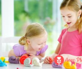 Enfant & allergie : quels sont les allergènes cachés de nos loisirs créatifs ? pâte à modeler