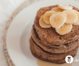 Des pancakes au sarrasin sans gluten sans lait ni lactose - version sucrée